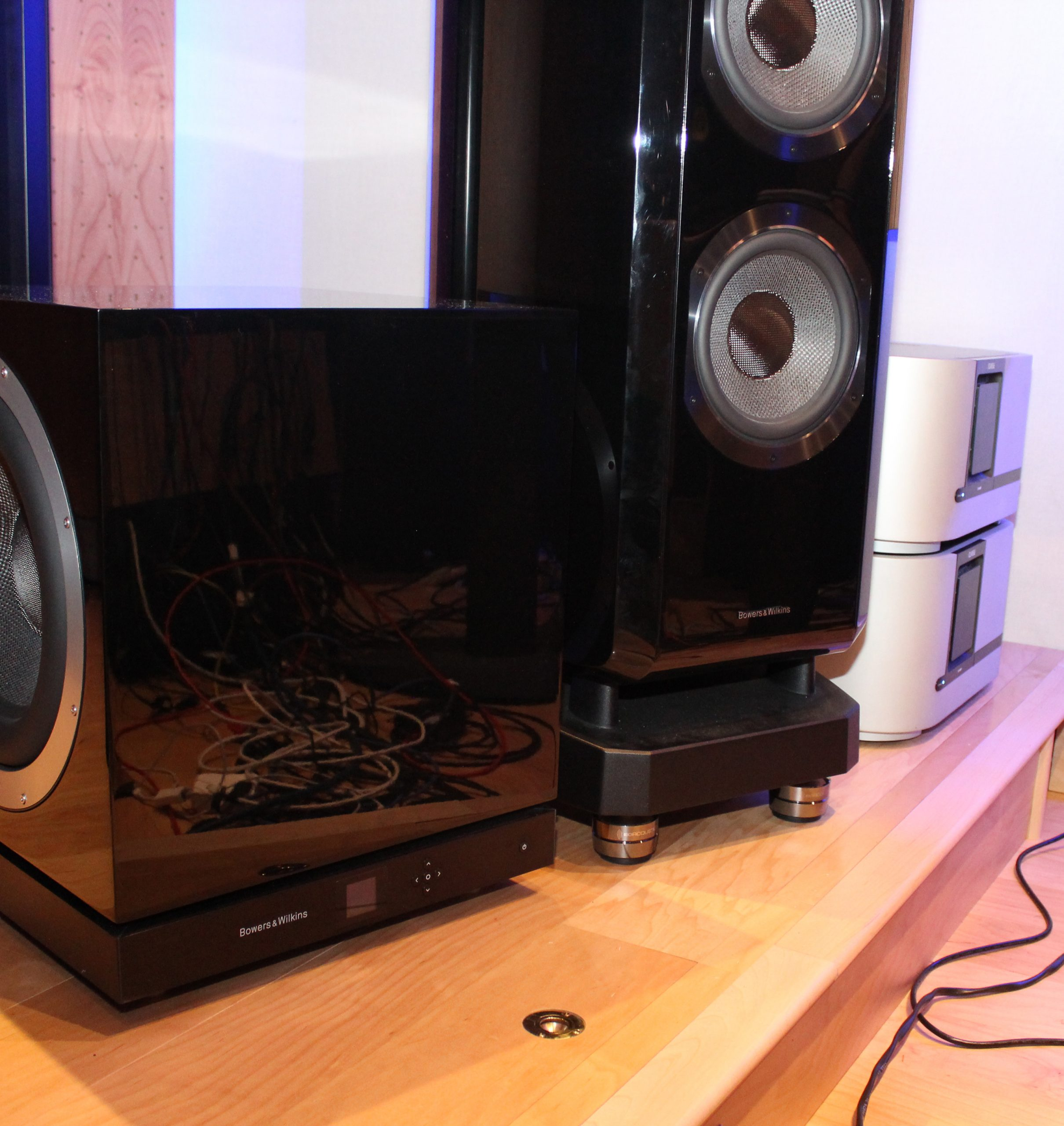 B&W 802 D2 Speakers with IsoAcoustics GAIA I isolation